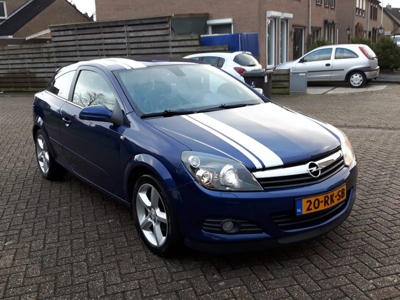 Astra GTC 1.8 Cosmo/Sport