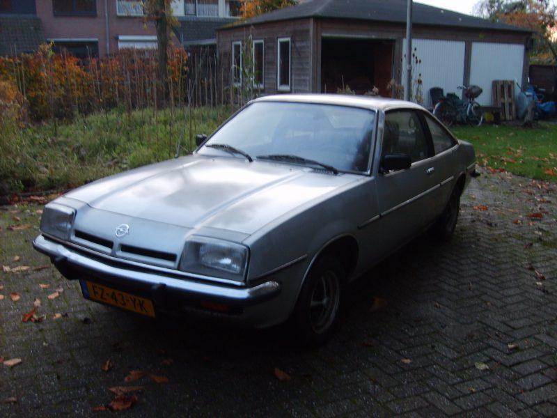 Opel Manta B 20N deLuxe