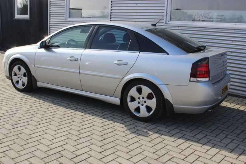 opel-vectra-gts-3-2-v6-elegance-zeer-nette-auto 003